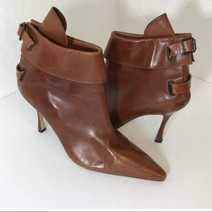 MANOLO BLAHNIK ANKLE BOOTIE BOOTS SIZE 39 BROWN